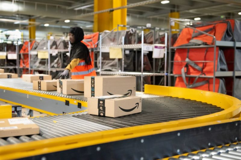 Amazon Storage